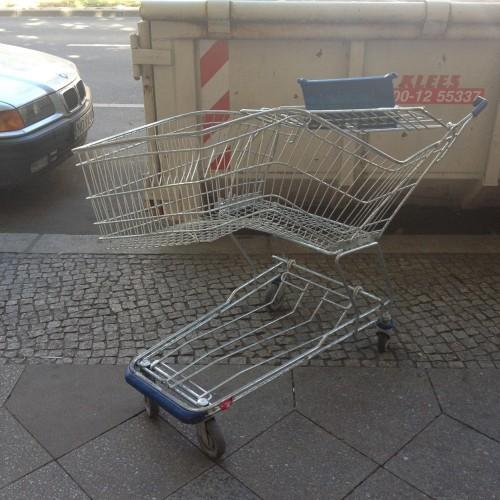 verzerrter einkaufswagen